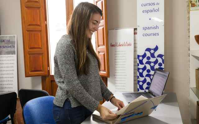 Internship in Spanish school